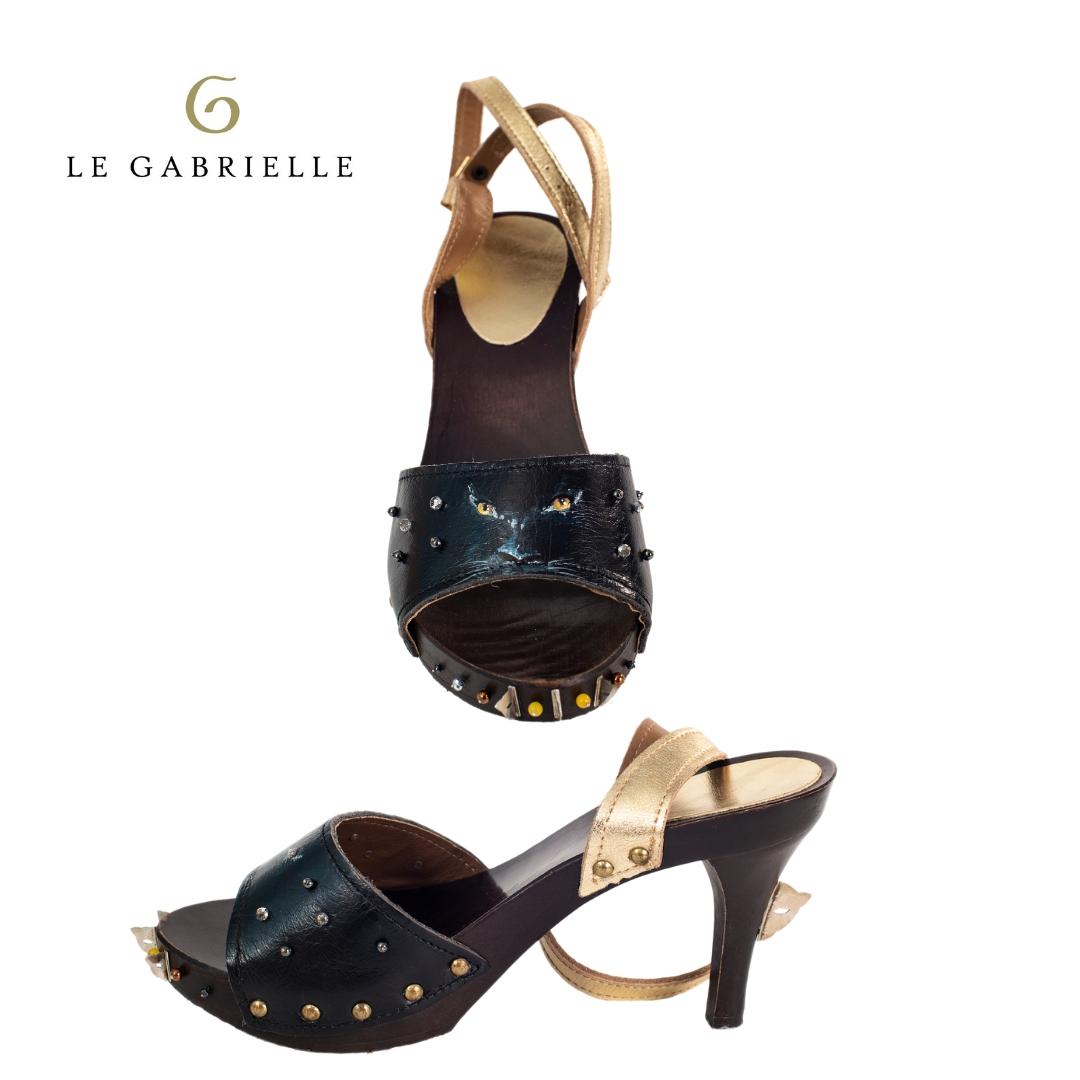 LE GABRIELLE – Una pantera ai piedi per una falcata da regina della giungla e del mistero.